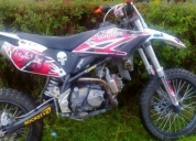 Venta de motocicleta de enduro ,motor 150, marca orion