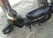 Vendo excelente  moto semiautomatica