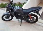 Excelente Moto Honda CRF 230