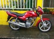 Motocicleta honda storm 125