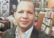 Profesor de inglés comunicativo y español