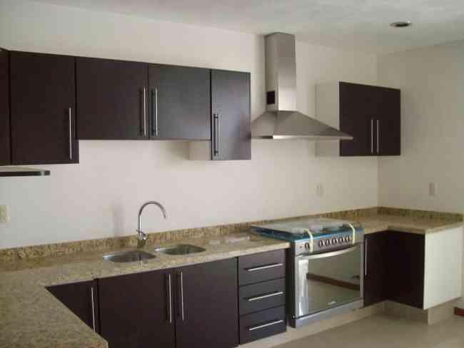 Muebles De Cocina Metalicos. Los Interiores Iluminados Convierten A ...
