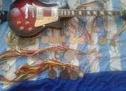 Vendo guitarra electrica modelo clasiso les poll