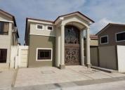 Elegante casa en alquiler