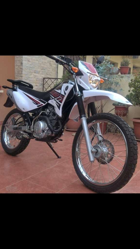 Excelente Yamaha Vendo o Cambio Recibo Moto