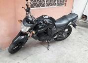 Excelente moto yamaha fz 2013