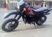 Excelente yamaha motor 125cc.