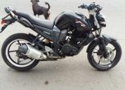 Vendo excelente moto yamaha fz