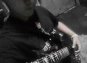 Se enseña a tocar guitarra, contactarse.