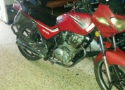 Remato moto dongben motor 200 negociable. contactarse.