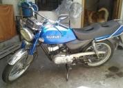 Vendo excelente moto suzuki ax100.