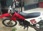 Linda moto daytona 250 scorpion