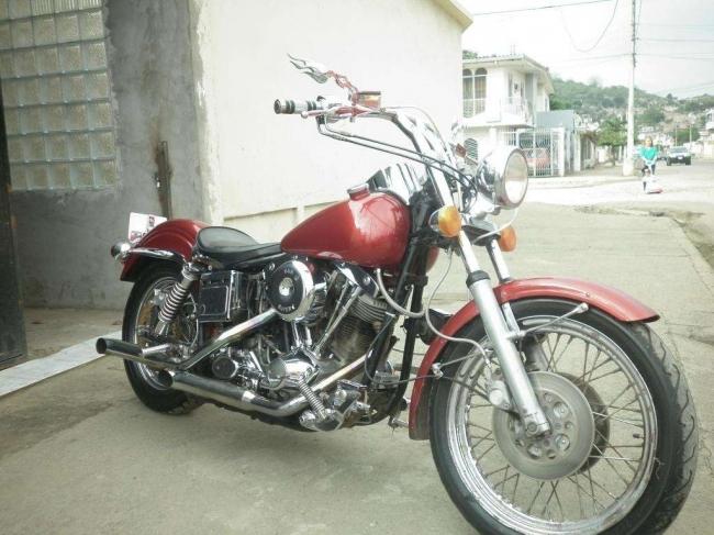 Excelente Moto Harley Davidson