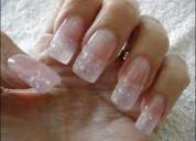 Se necesita seÑorita que sepa belleza y manicure. con experiencia.