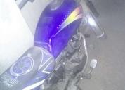 Vendo o cambio excelente moto por matricular