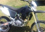 Vendo o cambio moto barata llantas nuevas