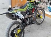 Venta de excelente moto tipo croos