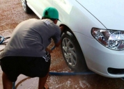 Se busca personal que sepa lavar carros