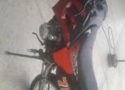 Uma moto oromoto 200