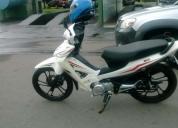 Vendo moto por urgencia economica,contactarse.
