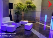 Alquiler mesas cocteleras, salas lounge, pista y pantallas led.