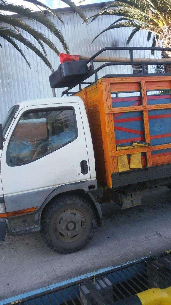 Vendo o cambio camion mitsubishi, Contactarse.