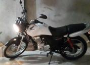 Se vende moto honda cargo 150. contactarse.