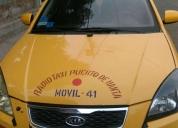 Vendo excelente carro taxi con puesto