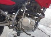 Vendo mi moto honda xr125 flamantes, contactarse.