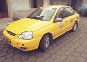 Vendo taxi, kia rio 2007.
