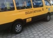 Se vende excelente furgoneta con puesto