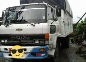 Vendo lindo camion isuzu