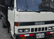 Excelente camión isuzu
