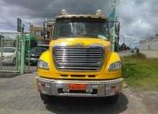 Vendo de oportunidad lindo freightliner año 2010