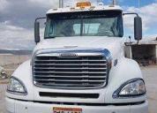 Vendo freightliner aÑo 2013. contactarse.