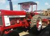 Excelente tractor internacional 1066 más ronplow