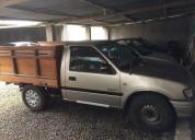 Se vende camioneta por motivo de viaje
