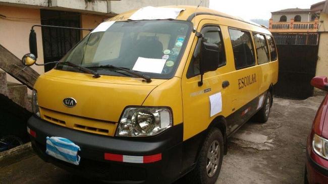 Excelentes Kia pregio 2011 con pueato legal en venta