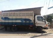 Se vende camion hyundai 4.5 toneladas año 2012.
