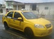 Excelente taxi con puesto