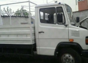 Excelente camión mercedes benz