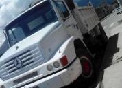 Camión furgón Mercedez Benz 915