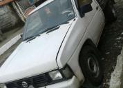 Se vende camioneta nissan