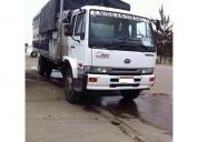 Excelente camion nissan ud 2009