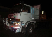 Se vende camion nissan