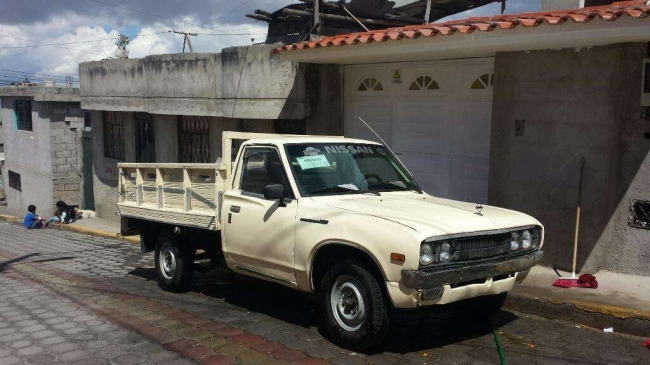 Excelente Camioneta Nissan 1980