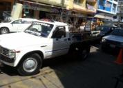 Se vende bonita camioneta toyota 2000 año 80, contactarse.