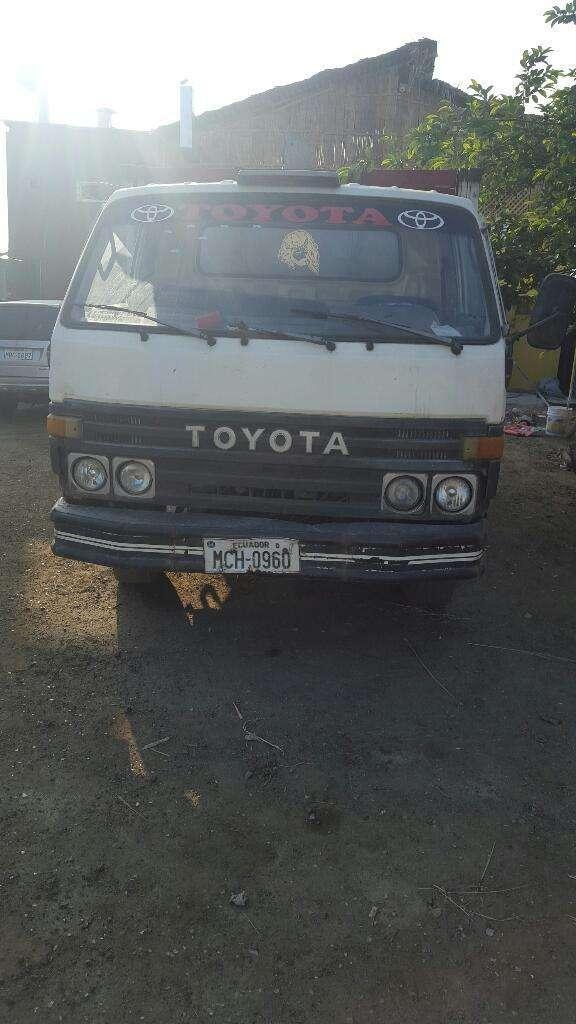 Excelente Camión Toyota 1995