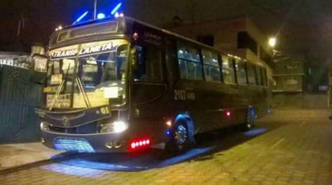 Excelente Bus tipo 2005