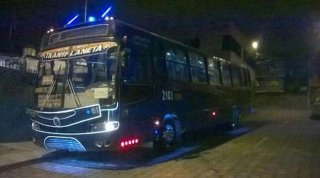Oportunidad con derechos y acciones Bus tipo 2005